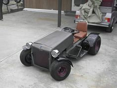 little hot rod Lawn Mower Motor, Custom Go Karts, Drift Kart, Garden Tractor Pulling, Homemade Go Kart, Go Kart Plans, Lawn Mower Repair, Lowrider Bicycle, Diy Go Kart