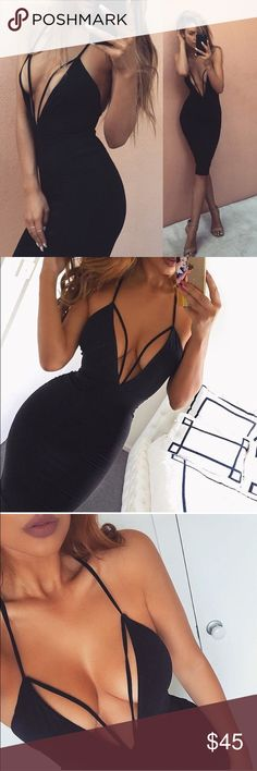 Hot V Neck Black Dress 2017! This is Super Hot V Neck Black Dress 2017! Size: Small (fits Medium as well) ❗️no trages Dresses