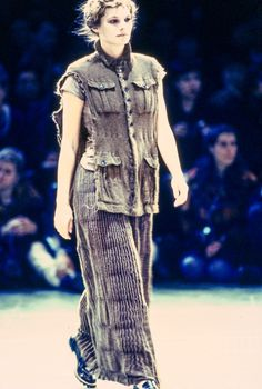 Comme des Garçons Fall 1994 Ready-to-Wear Collection Photos - Vogue