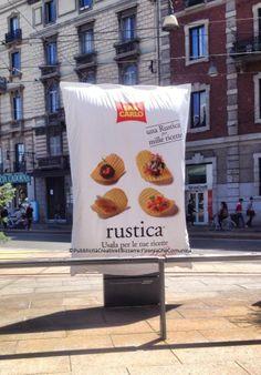 A #milano #cadorna un #billboard per le #patatine #sancarlo #creativeads