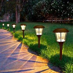 If you are looking for an outdoor home improvement project, consider outdoor walkway lighting. Walkway lighting is important in making the path visible at night. Best Solar Garden Lights, Lighting Your Garden, Solar Pathway Lights, Pathway Lighting, Backyard Lighting, Landscape Lighting, Solar Lights, Outdoor Lighting, Lighting Ideas