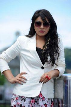 Hansika Motwani in Sunglasses