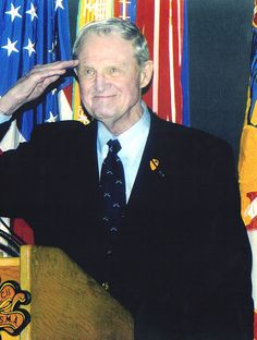 Gen Hal Moore salute to USA http://lifeleaders.us/