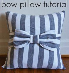 Bow Pillow Tutorial - Create U. Good Christmas gift or birthdayDIY Pottery Barn Teen Felt Pillow Tutorial. How cute and simple are these ? Bow Pillows, Diy Throw Pillows, Cute Pillows, Decorative Pillows, Burlap Pillows, Sewing Throw Pillows, Diy Throws, Sewing Projects, Diy Projects