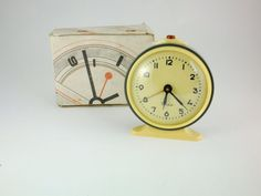 Vintage Mechanical Alarm Clock Vitjaz from Russia by ContesDeFees