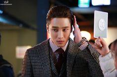 Le Male, Kdrama Actors, Manners, Netflix, Korean, Male Style, Mens Fashion, Movies, Moda Masculina
