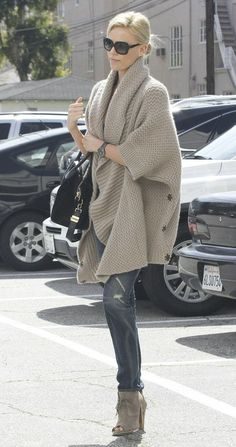 My Fall must-have: oversized, chunky sweaters.