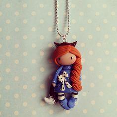 Collier Inspiration Gorjuss - Petite fille renard rousse en bleu : Collier par madame-manon
