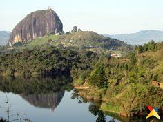 Piedra del Peñol en Antioquia.