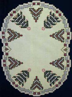 Christmas Trees (Hardanger embroidery) - Nordic Needle