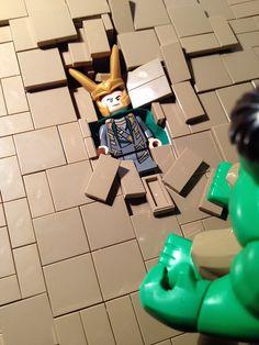 Love this! Avengers in Lego :) Dane would go crazy for this! Lego Marvel, Lego Loki, Lego Hulk, Legos, Hulk Smash Loki, Hawkeye Avengers, Batman, Lego Creations, Marvel Movies
