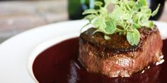 Filet Mignon with Creamy Red Wine Sauce Recipes Sauce Recipes, Meat Recipes, Cooking Recipes, Kitchen Recipes, Red Wine Demi Glaze Recipe, Great Steak, Food Network Canada, Wine Sauce, Mets
