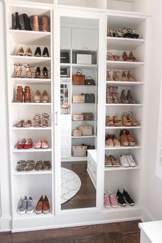 Happy Friday, everyone! I'm so excited to FINALLY share my completed master closet renovation with California Closets today! When I f is part of Bedroom organization closet - Walk In Closet Design, Bedroom Closet Design, Master Bedroom Closet, Closet Designs, Bedroom Decor, Mirror Bedroom, Bedroom Ideas, California Closets, Jugendschlafzimmer Designs