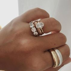 Sparkly Jewelry, Simple Jewelry, Crystal Jewelry, Gold Jewelry, Jewelery, Jewelry Accessories, Jewelry Rings, Accesorios Casual, Dream Engagement Rings