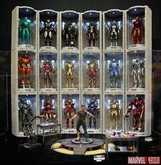 SDCC 2014: Iron Man at the Sideshow Booth