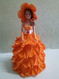 Boneca laranja