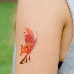 YES. my favorite animal in a watercolor tattoo. Please and thank you.: