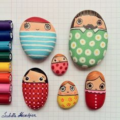 Looking for some easy painted rock ideas to get inspired by? See more ideas about Rock crafts, Painted rocks and Stone crafts. Kids Crafts, Craft Projects, Family Crafts, Summer Crafts, Garden Projects, Spring Projects, Garden Ideas, Rock Crafts, Arts And Crafts