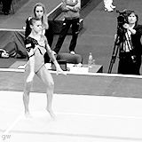 Diana Bulimar's DLO is just fabulous. (gif)