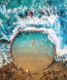 En la piscina natural de Laguna Beach, California, Estados Unidos (US), por Niaz Uddin ✶ Places To Travel, Places To See, Travel Destinations, Holiday Destinations, Travel Tourism, Aerial Photography, Travel Photography, Nature Photography, Photography Ideas