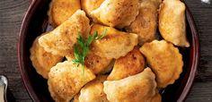 Pierogi z wątróbką i kaszą gryczaną Chicken, Meat, Ethnic Recipes, Food, Meal, Essen, Cubs