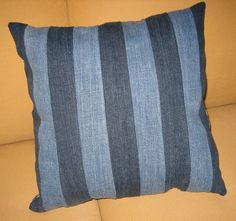Other side of the pillow. Crafts To Make, Clever, Throw Pillows, Handmade, Cushions, Decorative Pillows, Decor Pillows, Hand Made, Pillows
