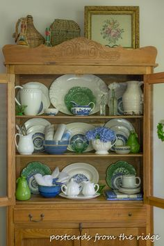 White Ironstone: A Timeless Collectible - Town & Country Living Kitchen Hutch, Dining Room Hutch, Kitchen Decor, Kitchen Pantries, China Cabinet Decor, China Cabinets, Blue Willow Decor, Dish Display, China Display