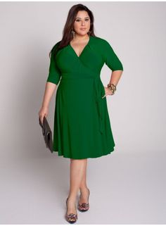 3b451c5d7c6ba In love with this emerald green dress! Big Girl Fashion