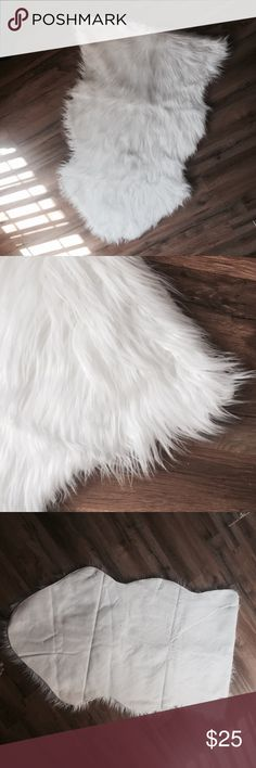 White Fur Rug Super adorable rug. 2' X 3'. Fits perfect over chairs or looks great draped over a variety of item. Also great for staging clothes for sale! Used one time and then left in package. Other