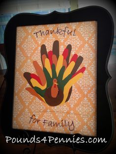 Love this idea. Everyone's hand prints turned into a turkey ♥