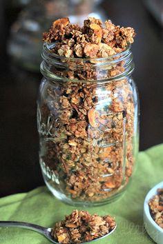 Homemade Almond Vanilla Granola