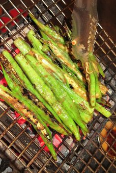 đậu bắp nướng - grilled okra. #saigon #food #streetfood #delicious #yummy #foodie #tour #grill #barbecue
