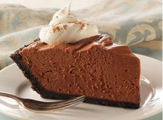 No-Bake Chocolate Cheesecake Pie. A rich, chocolate cheesecake that's easy to make and will impress your guests! This no-bake recipe is simple to prepare and makes a perfect make-ahead dessert option. No Bake Chocolate Cheesecake, Chocolate Cheesecake Recipes, Cheesecake Pie, Chocolate Desserts, Baking Chocolate, Melting Chocolate, Cheesecake Squares, Frozen Chocolate, Caramel Cheesecake