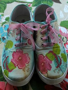 Between Cupcakes and Tea: Decoupage on Canvas Sneakers.
