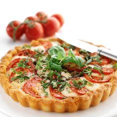 Tomaattiviikon kunniaksi: Parhaat tomaattireseptit! - Ruoka.fi Pate Recipes, Cooking Recipes, Salty Foods, Savoury Baking, Just Eat It, Joko, Sweet And Salty, I Love Food, Soul Food