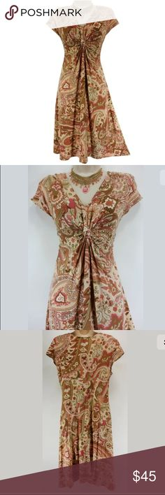 """Size Large▪️ULTRA-SOFT CINCHED PAISLEY PRINT DRESS This sexy, sweet paisley print dress is perfect for Spring & Summer!   Size: Large Slip on/off V-neckline with beautiful cinched/draped detail Ultra-soft, super comfortable fabric  Gorgeous paisley print in shades of pink & neutral Measurements: Bust (armpit to armpit): 36"""" relaxed - stretches to 54"""" Waist: 32"""" relaxed - stretches to 50"""" Hips: 45"""" relaxed Length: 38"""" (top of shoulder to bottom hem)  Condition:  Excellent Condition! Fabric…"""
