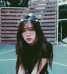 Korean Girl Photo, Heart Meme, Rose Icon, Cat Wallpaper, Kpop Aesthetic, Girl Photos, Good Music, Lisa, Idol