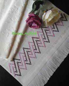 New guzelligimle burdayim. Cross Stitch Borders, Cross Stitch Flowers, Cross Stitch Patterns, Diy Embroidery Patterns, Cross Stitch Embroidery, Purple Cushions, Bargello Needlepoint, Plastic Canvas Stitches, Crochet Carpet