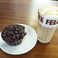 Muffin de chocolate e caramel macciato