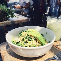 Shaved Brussels sprouts salad with almonds, avocado and a side of matcha latte Sprouts Salad, Brussel Sprout Salad, Brussels Sprouts, Superfood Recipes, Healthy Recipes, Malibu Farm, Birthday Lunch, Avocado Salad, Dairy Free Recipes