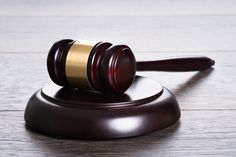 #Kinderporno-Prozess wurde eingestellt: Sebastian #Edathy kommt nach #Geständnis frei. Warum sind wir nicht überrascht?