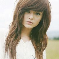 so cute! i wish i had the guts to get long swept bangs... or to do anything with my hair at all.... #wimp