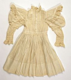 girl's dress 1900 | Found on metmuseum.org