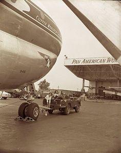 1952 Pan Am Boeing 377