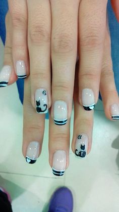 Gatos... Fancy Nails, Love Nails, How To Do Nails, Pretty Nails, Cat Nail Art, Cat Nails, Perfect 10 Nails, Natural Acrylic Nails, White Tip Nails