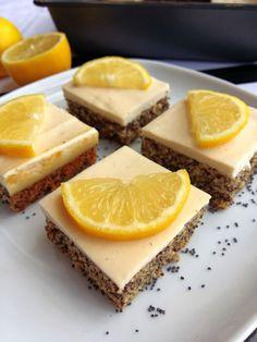 Osviežujúci, nízkokalorický a so super hodnotami. Priprav si náš citrónovo-makový koláč s tvarohom (Recept)
