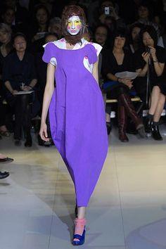 Comme des Garçons Spring 2008 Ready-to-Wear Fashion Show - Alexandra Agoston