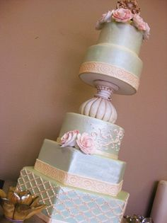 Spring Summer Gold Green Ivory Pink Multi-shape Octagon Round Wedding Cakes Photos & Pictures - WeddingWire.com