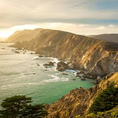 24 gorgeous coastal national parks to visit--From sea to shining sea, these protected lands (national parks, seashores, lakeshores, and more!), are brimming with breathtaking scenery, amazing wildlife, and activities galore.