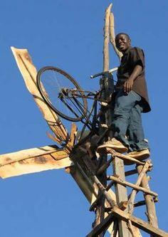 WILLIAM KAMKWAMBA http://www.myhero.com/hero.asp?hero=william_kamkwamba_07 Το 2002 ο Γουίλιαμ σταματά το σχολείο γιατί οι δικοί του δεν έχουν χρήματα να πληρώσουν τα δίδακτρα. Η αγάπη του για την επιστήμη όμως τον κάνει να διαβάζει διαρκώς και κατασκευάζει ένα πρωτότυπο ανεμόμυλο που παράγει ηλεκτρική ενέργεια για όλο το χωριό του. Η αμερικάνικη ένωση φυσικών τον κάνει μέλος της. Ο Γουίλιαμ συνεχίζει να μελετά.